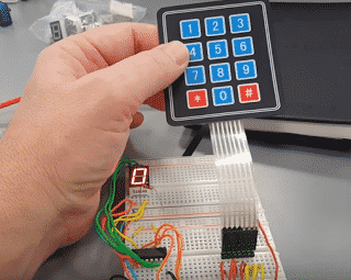 Matrix keypad with 7 segment display (Arduino mini project)